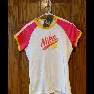 NWT women's Nike Tee